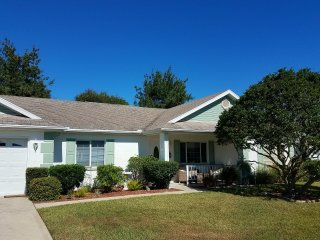 Ocala Palms country home - close to HITS, golf & more!