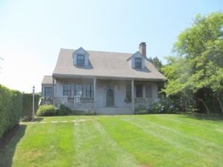 58 Grove Lane, Nantucket, MA