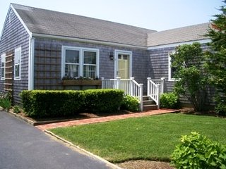 6 Tashama Lane, Nantucket, MA