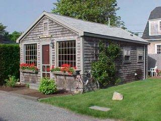 7 Park Lane, Nantucket, MA  TELEGRAPH HOUSE