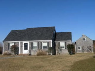 13 Meadow Lane, Nantucket, MA