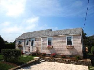 29 East Lincoln Avenue, Nantucket, MA