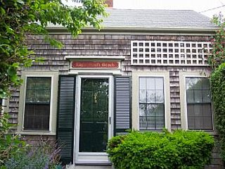 8 South Beach Street, Nantucket, MA