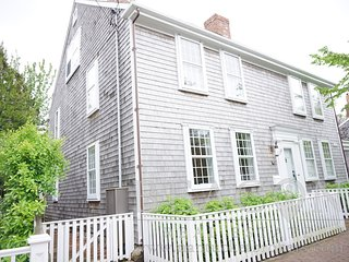 15 Pleasant Street, Nantucket, MA
