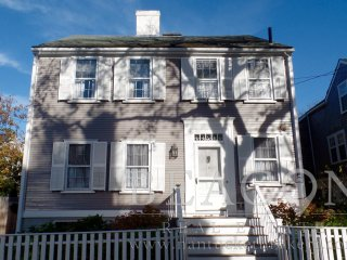 6 Pleasant Street, Nantucket, MA