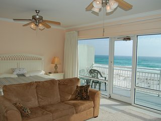 Gulf Front 4 BR / 3.5 BTHRM Townhouse at White Sands on Pensacola Beach