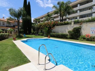 4 Bed Town House Near Benalmadena Marina, Beach and all Amenities