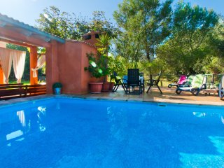 MADONA :) Preciosa finca en Alcudia para 8 personas en Buger. WiFi gratis