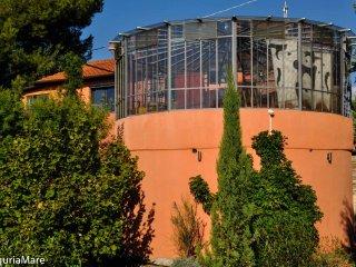 Casa Pino, Colle Lupi, Ferienwohnung mit  Meer/Bergblick, beheiztem Pool, Garten