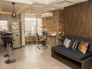 ✯Downtown Loft w/ Balcony ✯ Great Price ❁