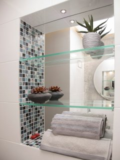 Lovely deco and awesome apt design, just to make you feel like home