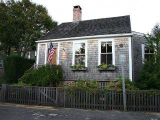 40 Pine Street, Nantucket, MA