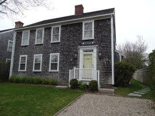 39 Goldfinch Drive, Nantucket, MA