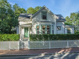 38 Pleasant Street, Nantucket, MA