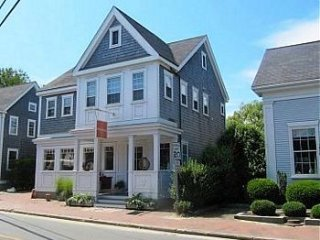 25B Washington Street, Nantucket, MA