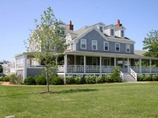 70 Hulbert Avenue, Nantucket, MA