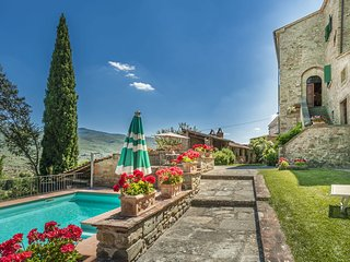 Casa Usignoli (the nightingale) - 5 Bedroom  Spacious Family Tuscan Villa with Private Pool,