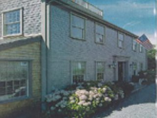 14 South Mill Street(The Estate *South Mill)