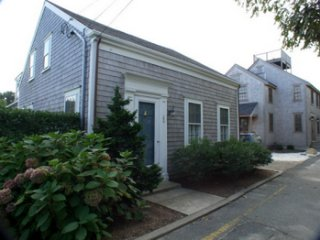 26 New Street, Nantucket, MA 02554