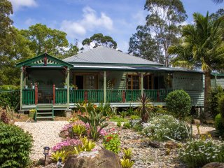 Billabong Cottage - near Buladelah - holiday getaway or overnight travellers