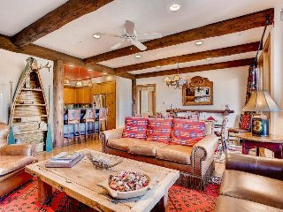 Cozy Beaver Creek ski-in, ski-out condo with hot tub, pool - Blue Spruce Lookout