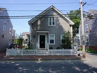 42 B Union Street, Nantucket, MA