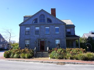 95 Washington Street, Nantucket, MA