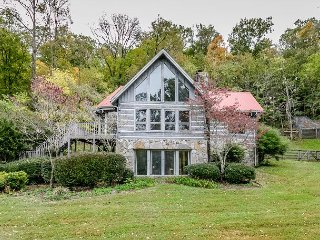 Hibernation Hilltop Upstairs Main Home w/ Fireplace, Spacious Deck & Yard