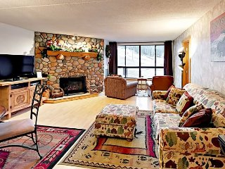 Ski-In/Ski-Out 2BR at Copper Mountain w/ Resort Amenities—Walk to Dining