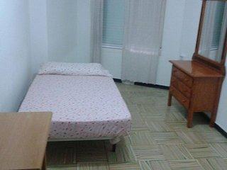 02 - Habitacion Individual - Excelente Ubicacion y Barata.