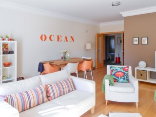 Luxury apartment near Lisbon with shared pool and garden, close to the beach