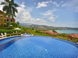 Los Suenos Jungle Penthouse w/ Amazing View - Marbella 1D.