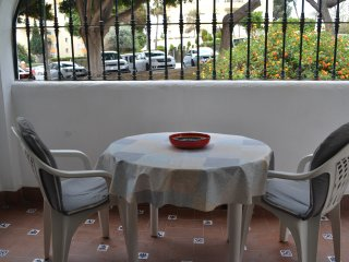 outside terrace, great for people watching