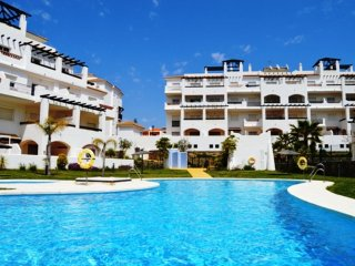Lovely ground floor property Kelly residencial duquesa  near beach