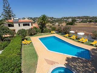 Villa Miracampo - 6 bed, 4 bath, private larger pool & children's splash pool