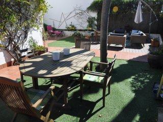 Rocamar Sitges, casa para 8 personas a 5 minutos de la playa!!