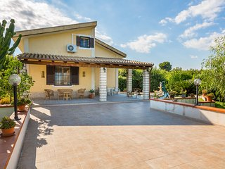 VENDICARI-HOUSE near  Nature Reserve & with pool and wi.fi
