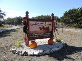 Stagecoach Inn - The Joe Davis Suite