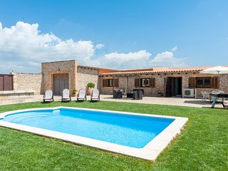 LLAVORINA - Villa for 6 people in Sa Pobla