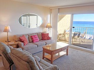 Beach House C303 ON the beach-Destin! 2BR