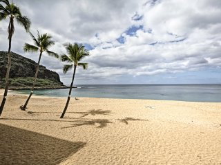 NEW! Oceanfront 1BR Waianae Condo w/ Beach Views!