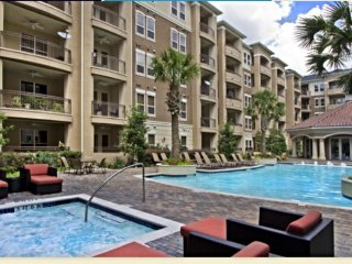 Luxury North Dallas Living & Work Space - Walking Distance to Galleria Mall
