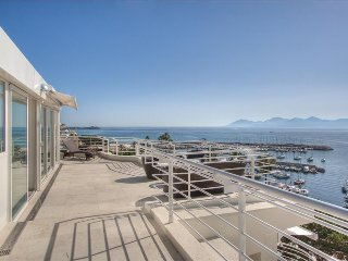 Le Romance - Penthouse Beach front luxury & sea views on the Croisette