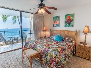 Direct Oceanfront Beautiful 1Bedroom/2 Baths Condo - 10% off Spring Discount