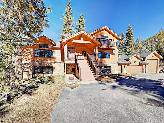 5BR/5.5BA Near Slopes w/ Hot Tub, Home Theater, Fitness Center, Game Room