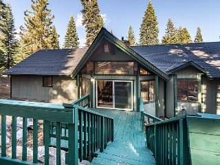 Tahoe Donner 3BR w/ Private Hot Tub