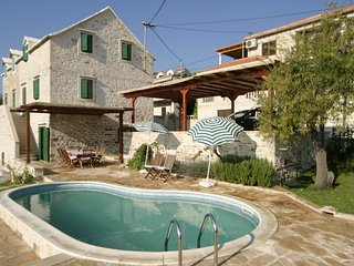 Villa Sea Garden with pool first row by the sea in Sumartin on Brac