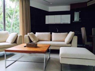 Calem Grove - Ultra Luxury 2 Bedroom Villa in Candolim, Goa, India