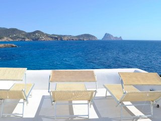 Charming house with pool, amazing sea views, Es Vedra, sunset - Only 5 minutes w