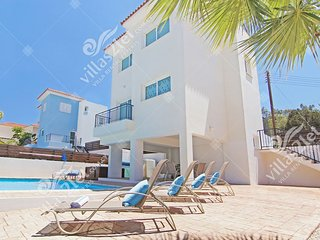 Cyprus Holiday Villa ANETTE Profile